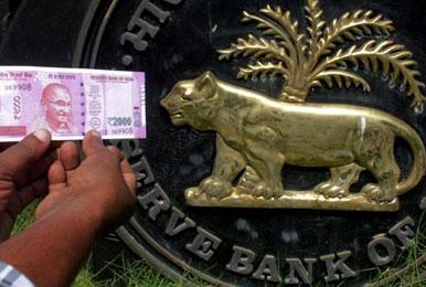 एनपीए 10000 अरब रुपए के पार, RBI ने मर्चेंट बैंकरों पर फोड़ा ठीकरा