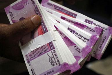 खर्च के लिए बाजार से अतिरिक्त 50,000 करोड़ रुपये का कर्ज लेगी सरकार