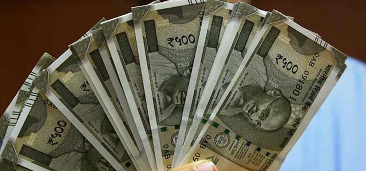 यहां लगाएं पैसा, नौकरी से पहले आपका बच्चा बन जाएगा करोड़पति!