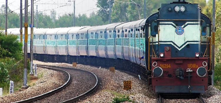 रेलवे होगा और अमीर, एक नजर में पढ़ेें रेल बजट 2018 की सभी प्रमुख बातें